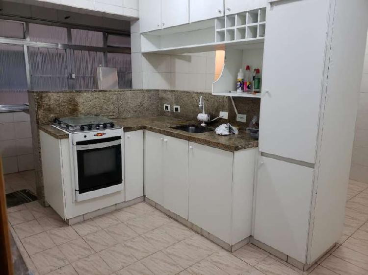 Apartamento para aluguel possui 110 metros quadrados com 2