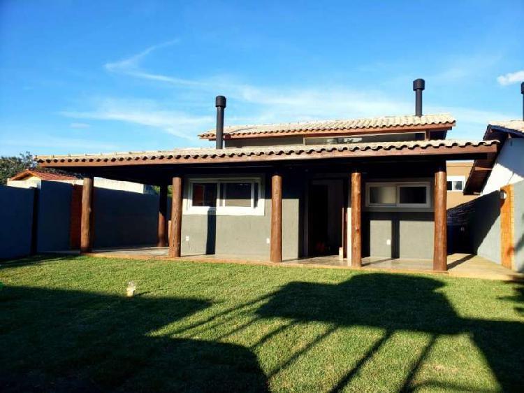 Casa 03 dormitórios no campeche, florianópolis/sc