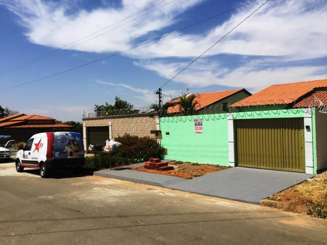Casa para aluguel com 3 quartos em jardim helvécia -
