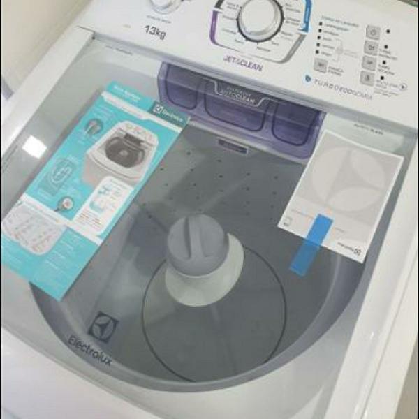 Lavadora de roupas automática electrolux jet&clean