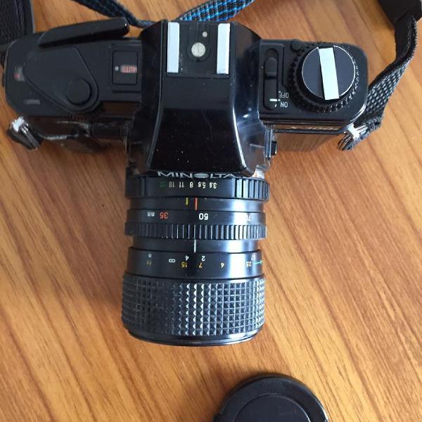 Máquina fotográfica analógica minolta lente 35, 50, 70mm