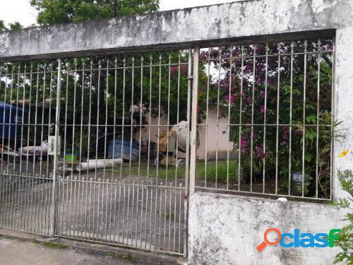 Casa lote inteiro lado praia 2 dormitórios em itanhaém