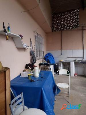 Casa lote inteiro lado praia 2 dormitórios em Itanhaém 1