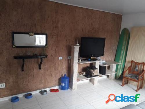 Casa lote inteiro lado praia em Itanhaém 1