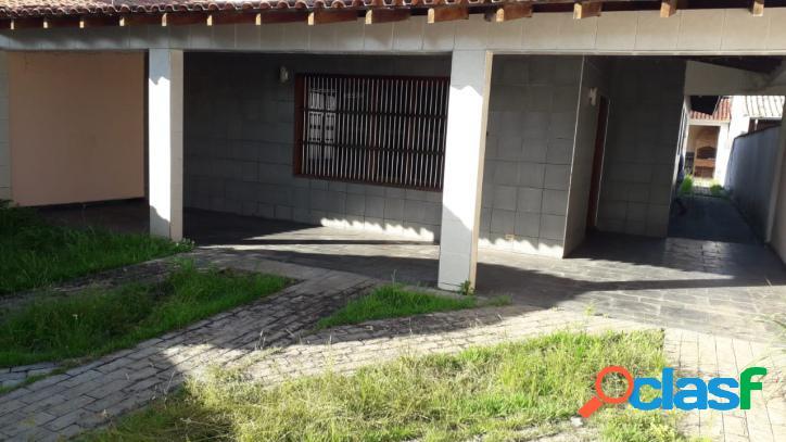 Casa em amplo terreno a 400m da praia do cibratél em itanhaém !!!