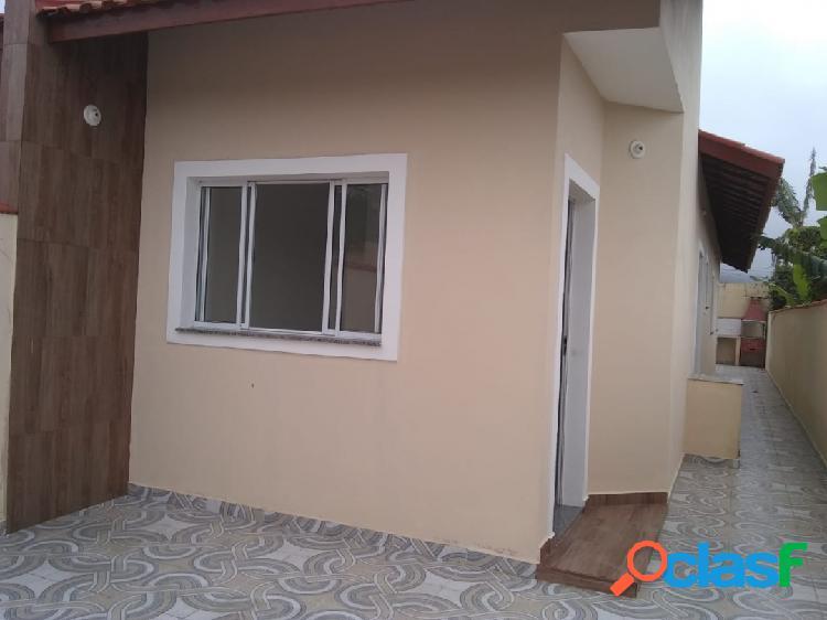 Casa nova, pronta para morar bairro nova itanhaém...