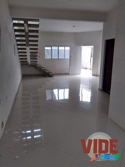 Parque dos Sinos: Sobrado com 3 dormitórios (2 suítes), 135 m²