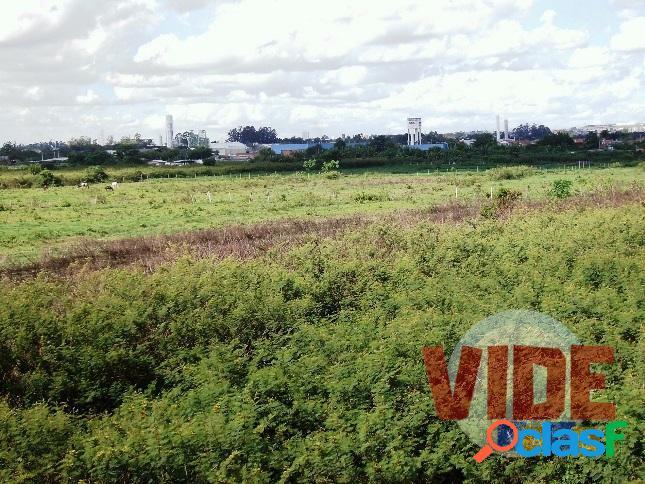 Jacareí: área com 121.000 m², em localização estratégica (próxima à dutra)