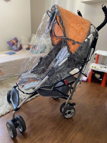 Carrinho de bebê guarda-chuva importado