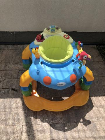 Excelente andador para bebês e crianças