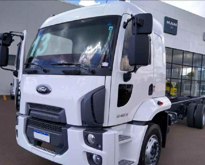 Ford cargo 2423 20132013