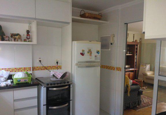 Alugo apartamento cerro cora 1800 + 1300 condomínio
