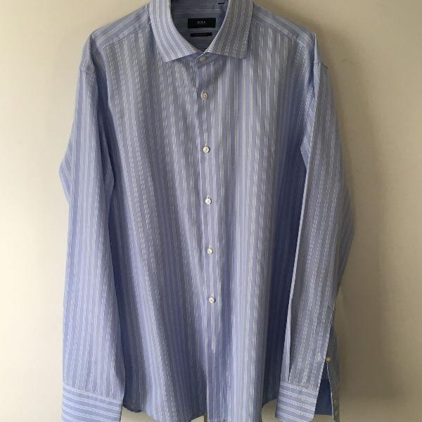 Camisa hugo boss social azul claro listrado usada