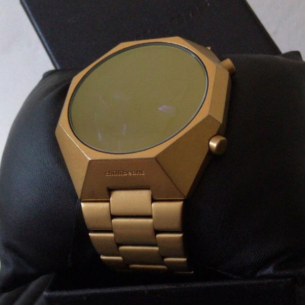 Relógio digital masculino chilli beans dourado mt.0666.2121