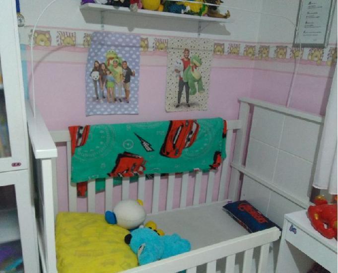 Berço mini cama padrão americano - usada
