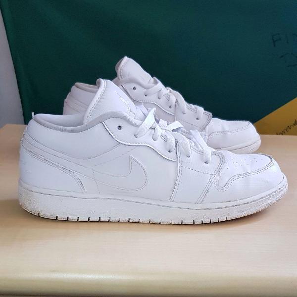 Nike air jordan one low all white