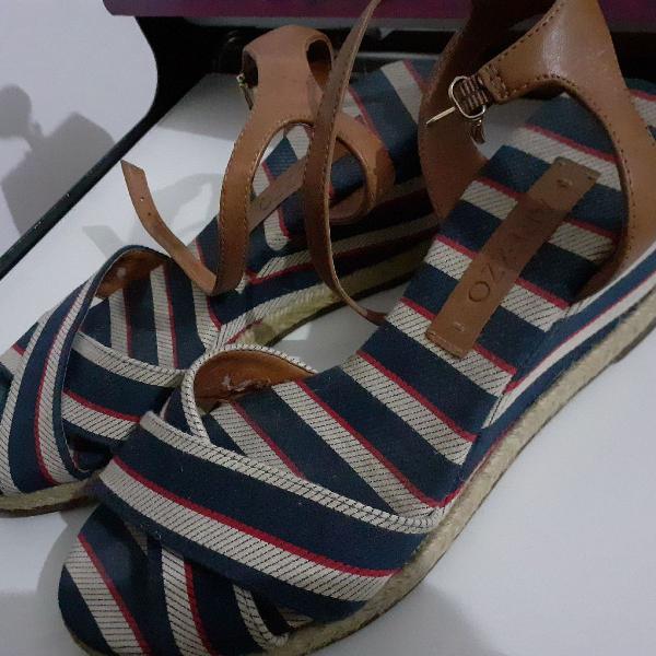 Sandália anabela arezzo tamanho 35