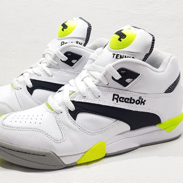 Tênis reebok pump court victory