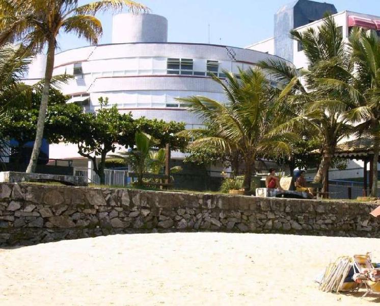 Praia do tombo - apartamento guarujá venda