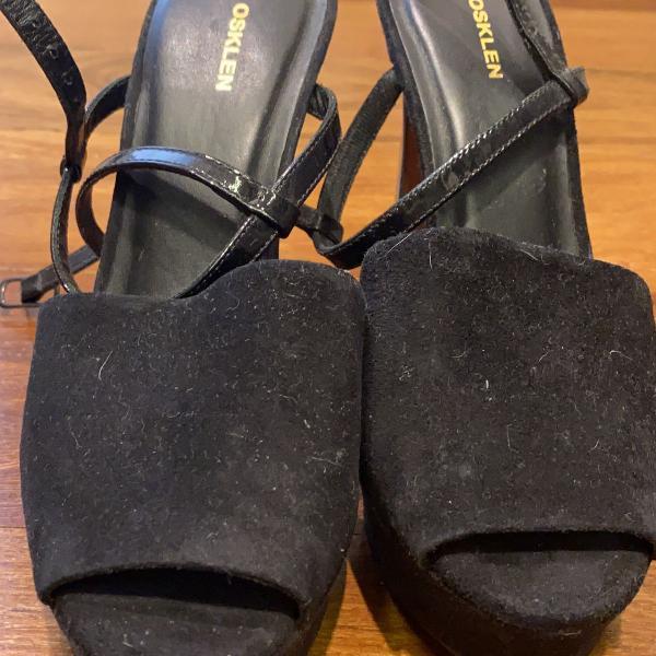 Sandália preta osklen
