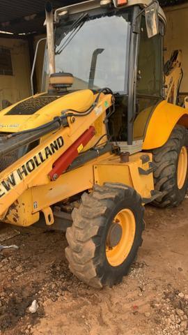 Retro escavadeira new holland modelo b90b 4x4