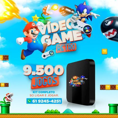 Video game retrô 9.500 mil jogos, 2 controles com fio
