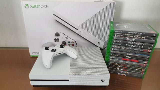 Xbox one s semi novo com garantia - aceitamos playstation 3