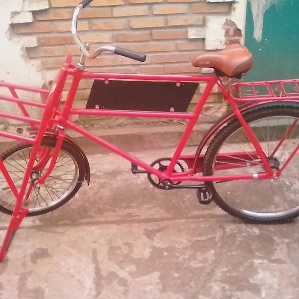 Bicicleta antiga helbia cargueira