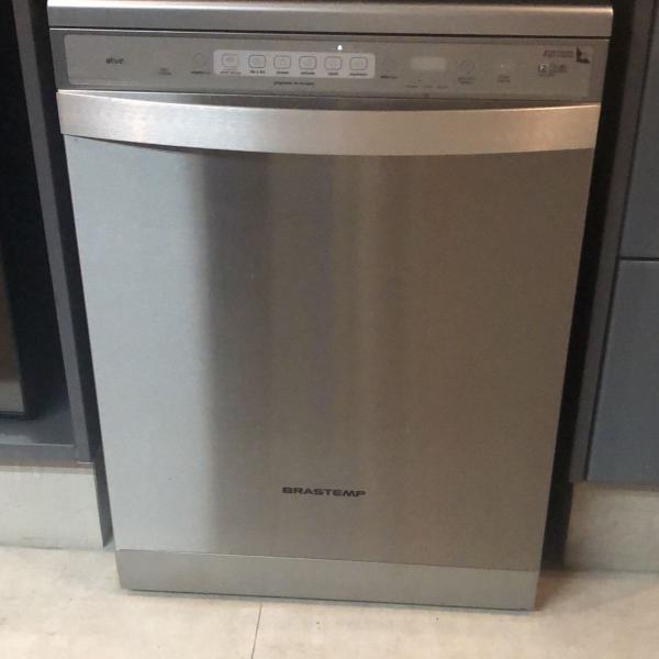 Máquina lavar louça inox 12 serviços brastemp
