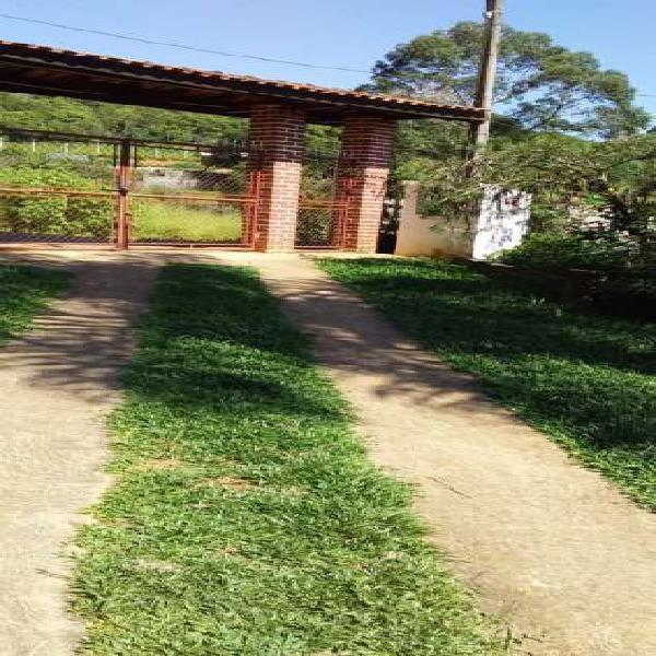 Aceita permuta - chácara para venda tem 150 metros constr.