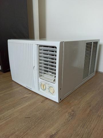 Ar condicionado electrolux 7500 btus 220v