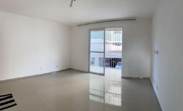 Apartamento para aluguel ou venda possui 90 metros quadrados