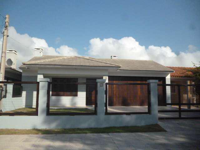 Casa mobiliada e decorada, 3 dormitórios, 2 suítes, 3