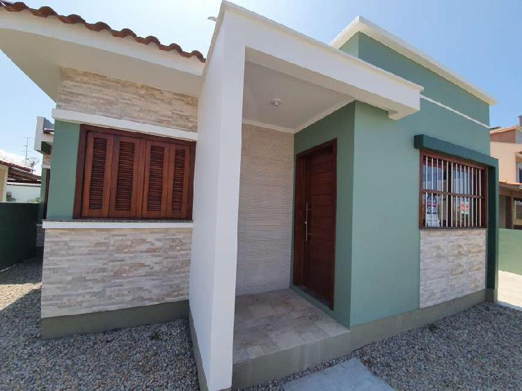 Casa nova no Centro de Balneário Gaivota/SC aceita