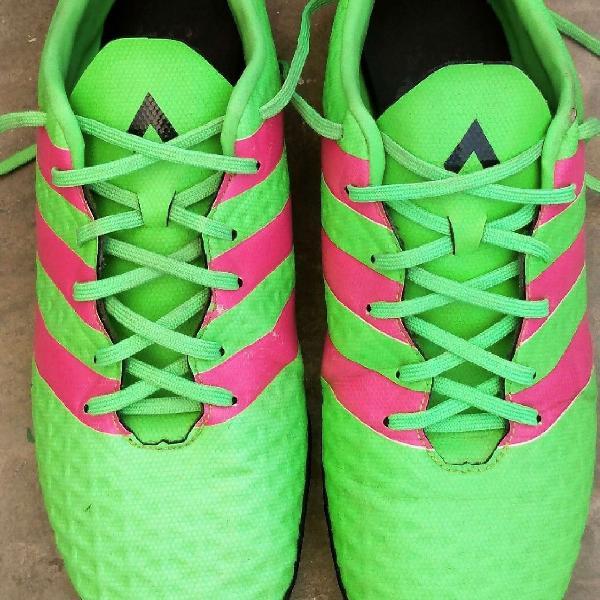 Chuteira adidas ace 16.4 society verde/rosa original