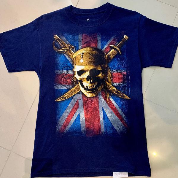 Camiseta walt disney piratas do caribe