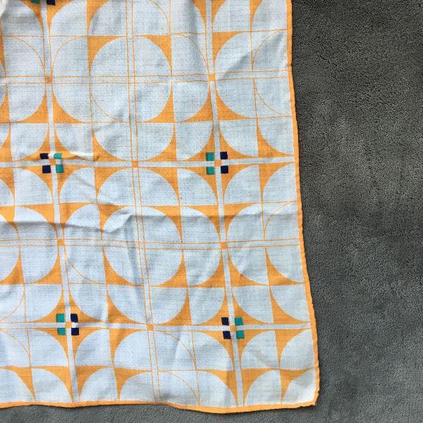 Lenço geométrico de algodão vintage e retrô