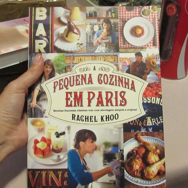 Livro pequena cozinha em paris
