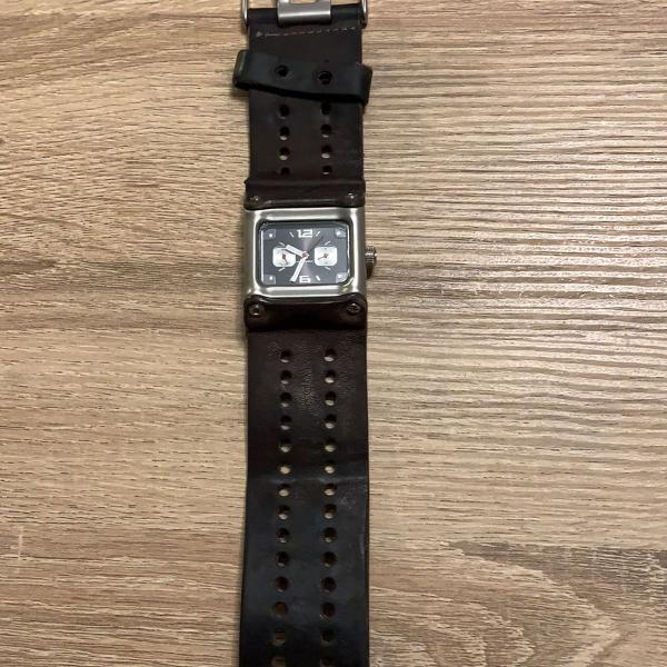 Relógio nike sledge pulseira de couro