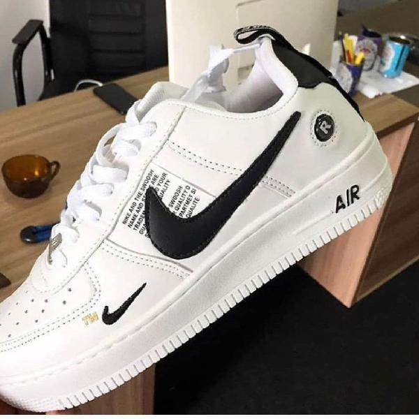 Tênis nike air force branco com preto