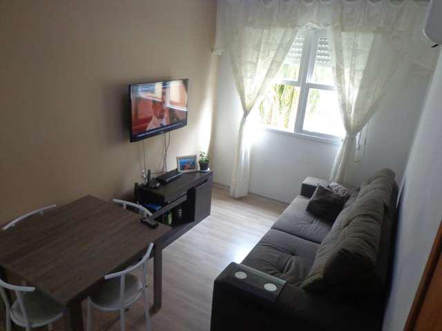 Apartamento 3 dormitórios grande e hiper ventilado bairro