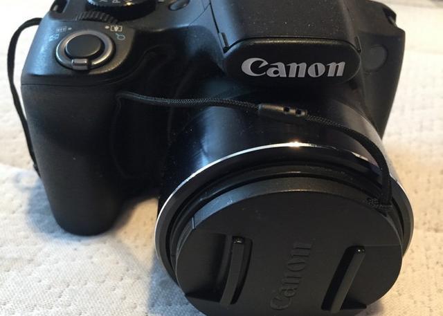 Camêra canon powershot sx520hs