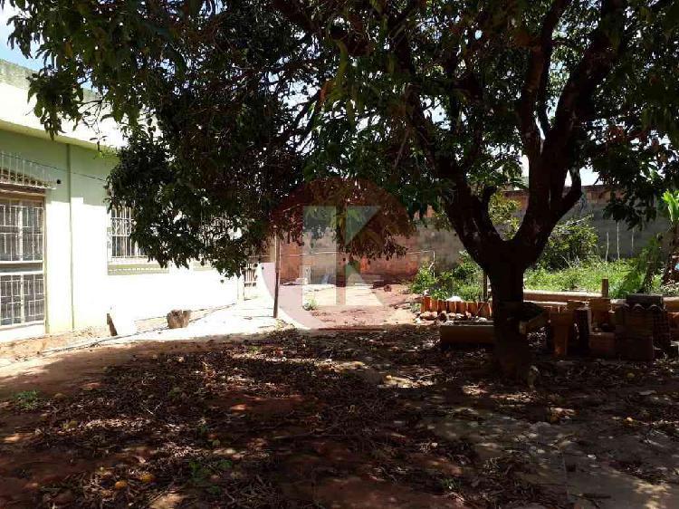 Casa, santana (justinópolis), 2 quartos, 8 vagas, 1 suíte