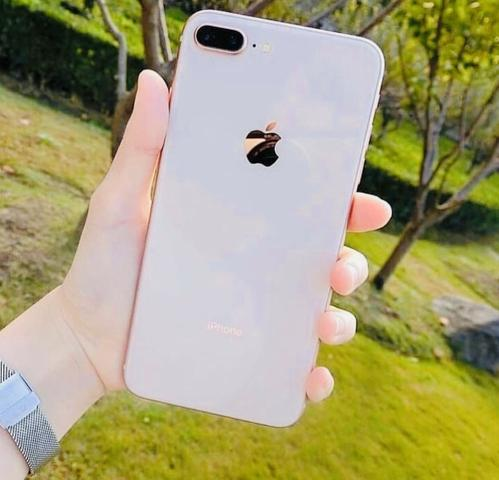 Iphone 8 plus 64gb gold s2 (aceito trocas)