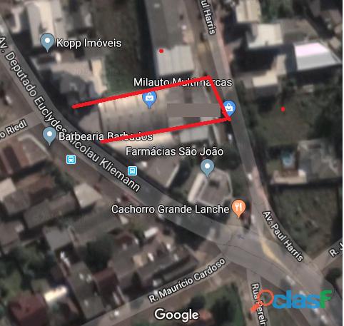 Vende se imóvel com 2 frentes comercial com 287m2 em terreno de 587m2 em santa cruz do sul rs.