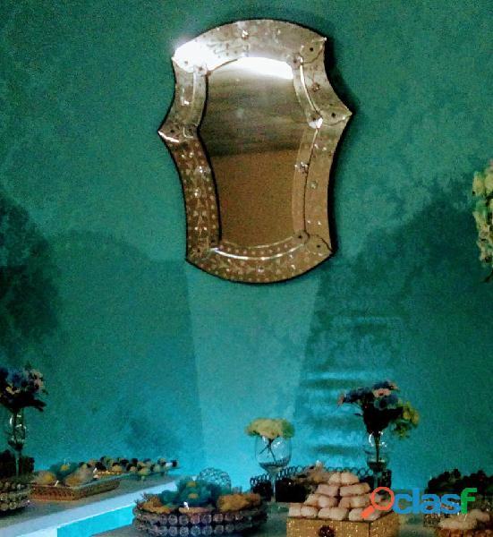 vendo todo meus móveis e peças decorativas para festa 7