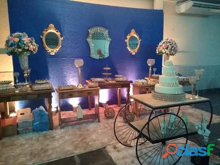 vendo todo meus móveis e peças decorativas para festa 6