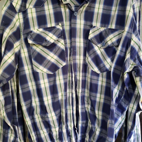 Camisa lenhador xadrez azul e branco
