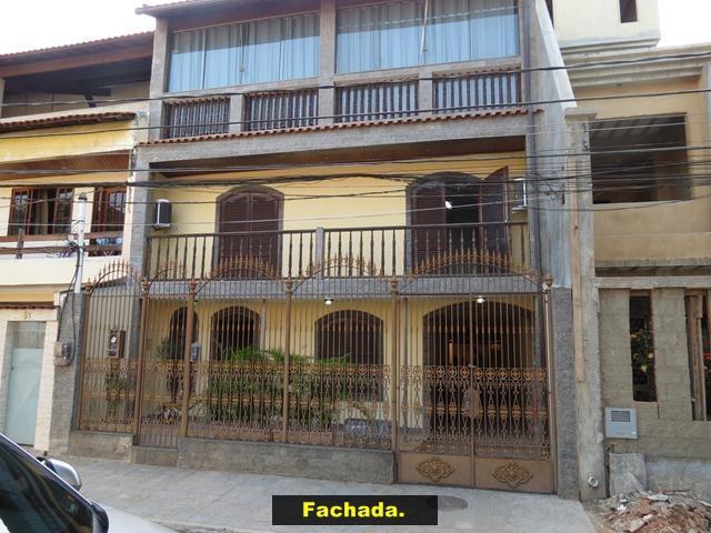 Casa em condomínio anexo ao centro de bangu com 257m²,
