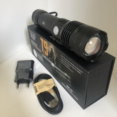 Lanterna tática profissional ultra potente - led t9